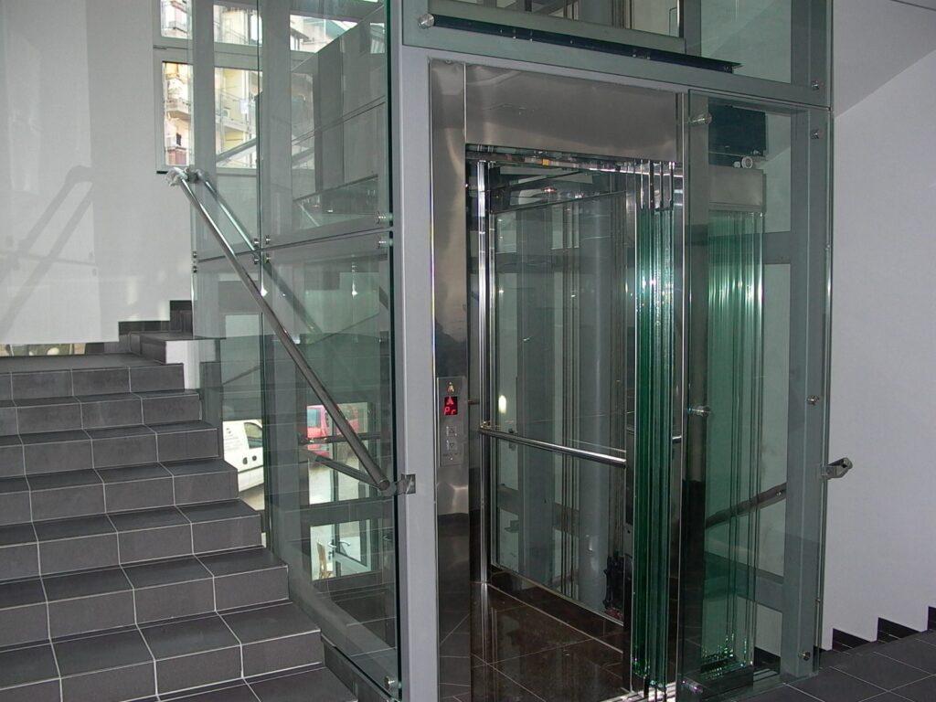 Lift Storitve Tovorna Dvigala